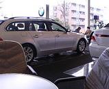 BMW店内
